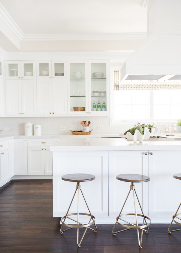White-kitchen-with-herringbone-backsplash-Studio-M