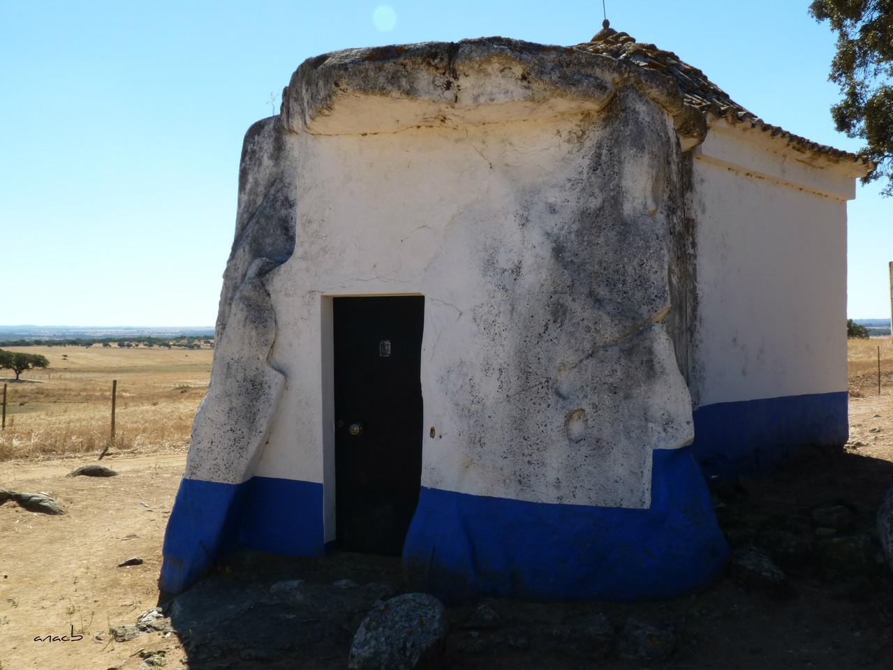 Anta-capela de São Brissos 1.jpg
