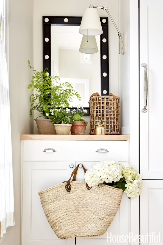 sarah-bartholomew-kitchen-mirror-nook-0617_zpsjgin