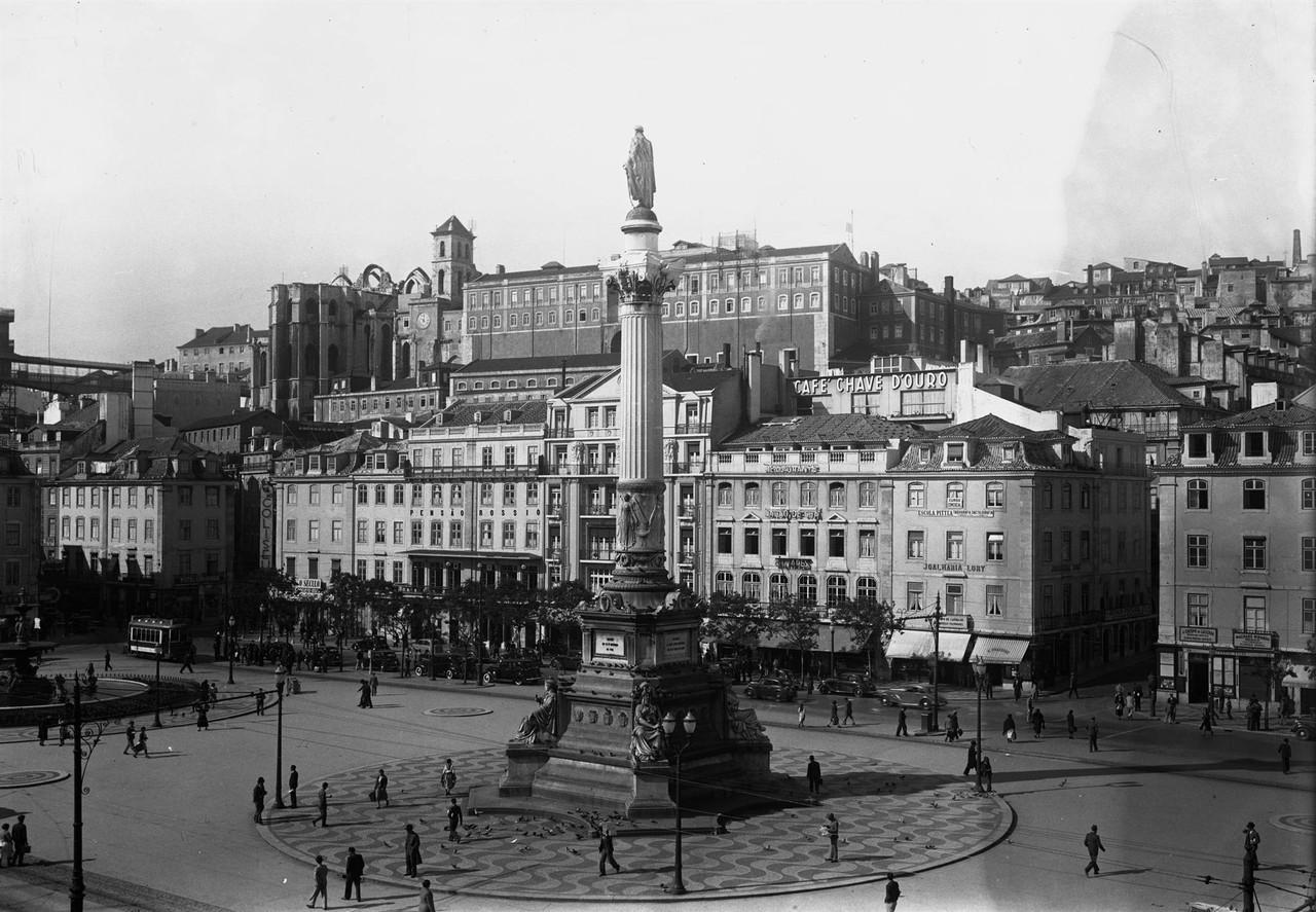 Praça Dom Pedro IV, panorâmica, anterior a 1919.