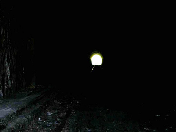 luz_al_final_del_tunel_1.jpg