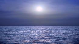 Sea under moonlight590.jpg