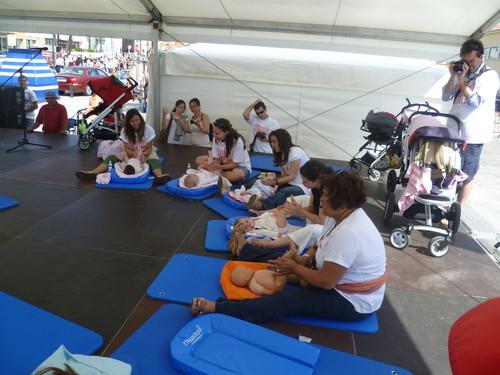 Aula de massagem ao ar livre