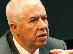 Teixeira dos Santos - Ministro das Finanças