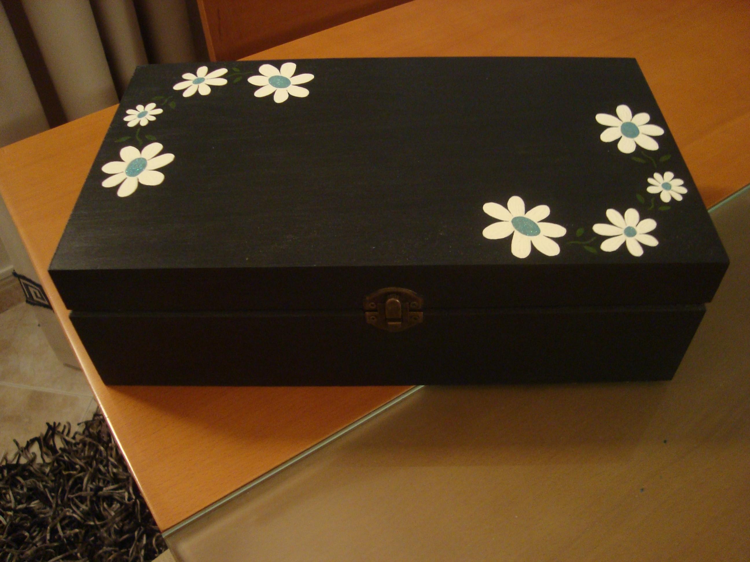 caixa em madeira pintada á mão com tintas acrilicas #734419 2592x1944